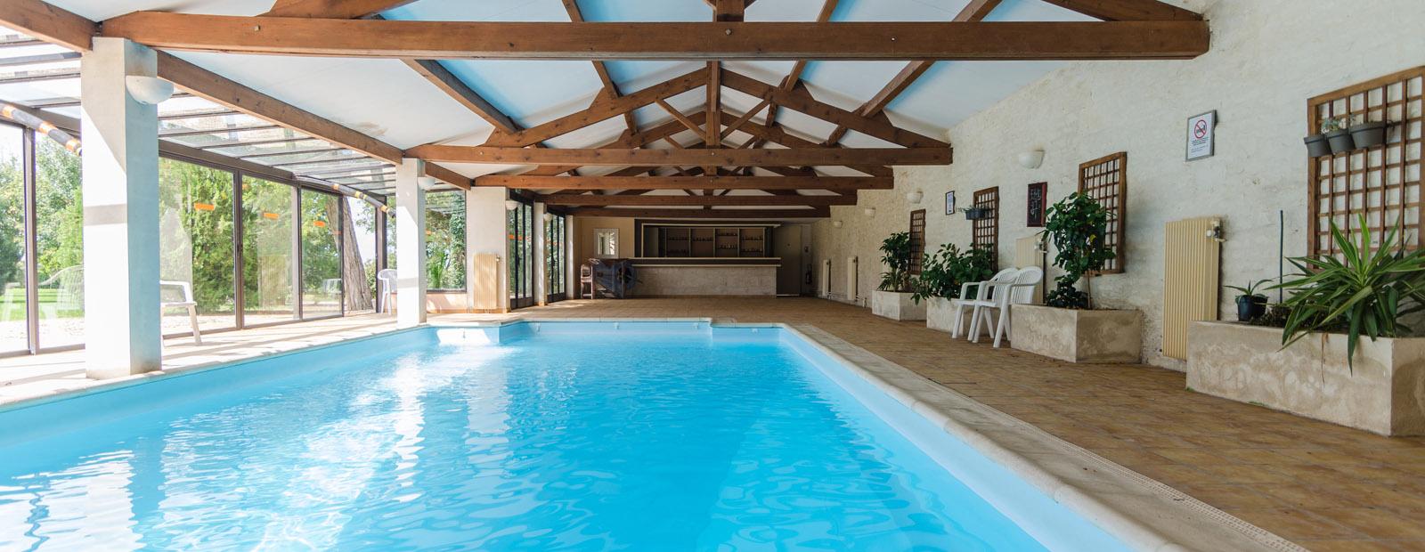 Piscine de niort trendy vente piscine with vente de for Piscine desjoyaux niort